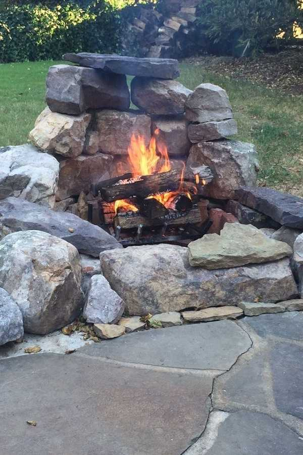 DIY Fire Pit Ideas30