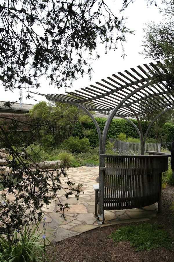 Pergola landscaping Design Ideas4
