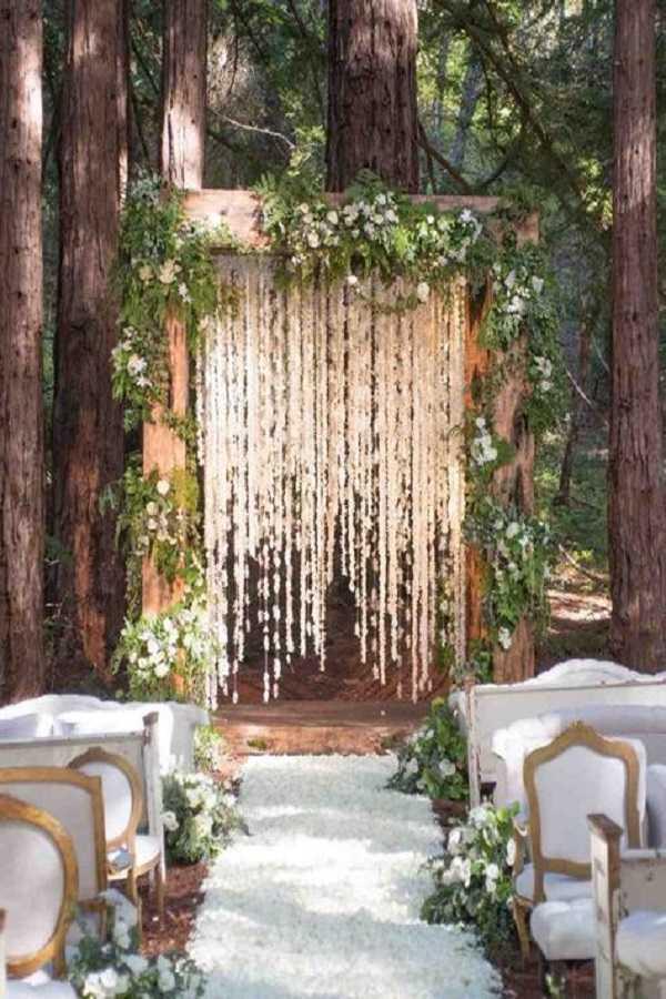 wedding walkway ideas30
