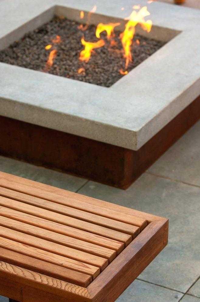 square Fire Pit Ideas12