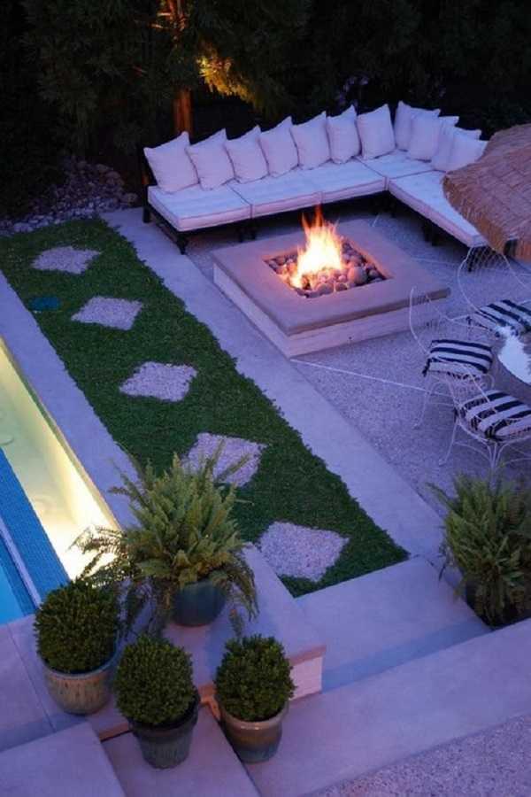 square Fire Pit Ideas9